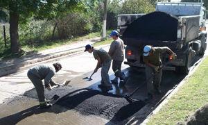 <br />Nuevo lomo de burro en calle Asborno.