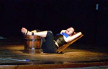 La actriz Maribel Barrios se lució en las tablas del Girona.