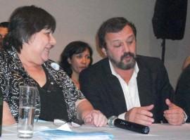 Roberto Costa, con Aída Holtz.