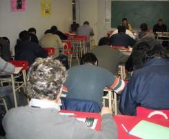 Jornada de evaluación en un aula del Avellaneda.