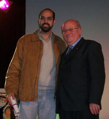 El escobarense Ernesto Pérez recibió de Papa la mención especial.