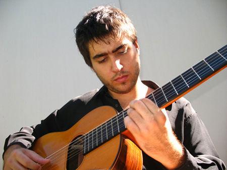 Federico Pecchia presentará su primer CD.