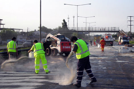 El accidente ocurrió alrededor de las 15, pero la autopista fue liberada cinco horas después.