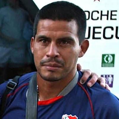 El ex futbolista, tras recibir el alta médica.