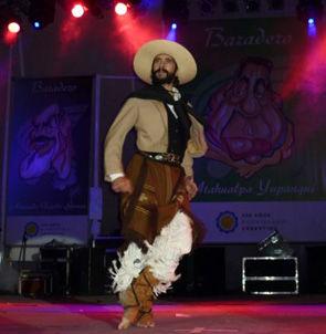 Mauro Dellac bailó en la apertura.