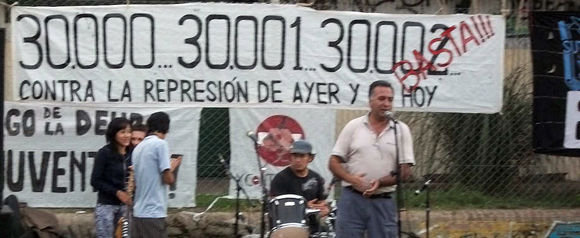 El secretario general de Suteba en Escobar, José Magallanes, fue uno de los oradores del encuentro.