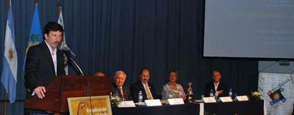 El intendente de San Isidro, Gustavo Posse, brindó una profunda alocución sobre poder y liderazgo.