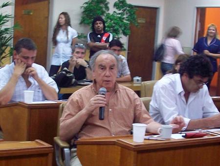 Jesús Angioi, presidente del bloque de Unión Celeste y Blanco, pidió controles a Transporte.