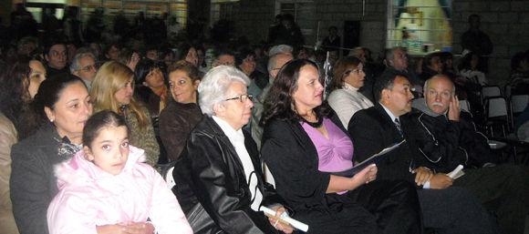 La comunidad educativa participó del festejo con una numerosa participación.