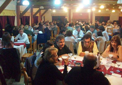 El salón lució con todas las mesas llenas durante la cena de CCISE.