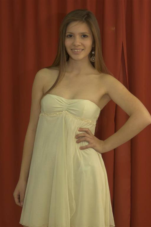 Nº 6) Cinthya Belén Iglesias (16), de Garín.