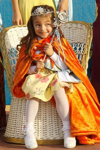 Melina Sorato, con sus flamantes atributos reales.
