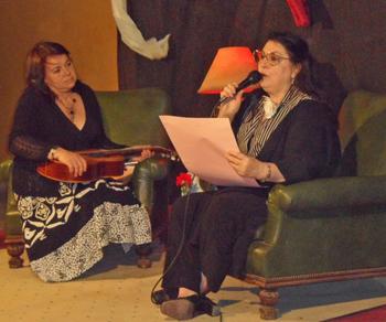 Dávalos compartió canciones y poemas con el público.