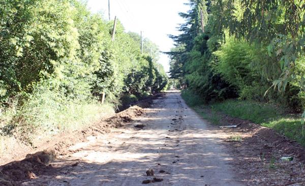 En abril empezar n a asfaltar la calle mermoz hasta el for Viveros en escobar