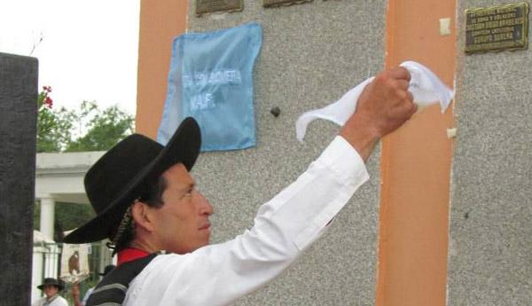 El correntino radicado en Escobar grabó su nombre por tercer año consecutivo en el Monumento al Jinete de Jesús María.