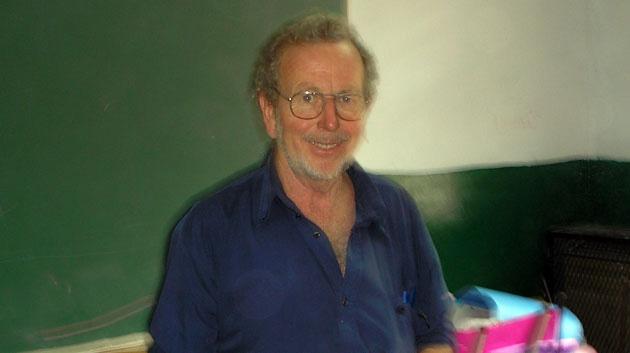 Respetado. Cormick era un docente comprometido con la defensa de la educación pública de calidad.