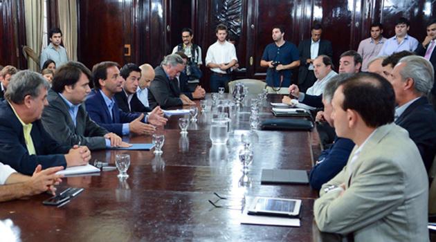 Agua corriente el Municipio negocia con Aysa foto home-adentro 1