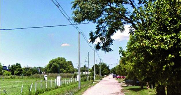 Confuso episodio. En la intersección de las calles Azucena y Peirano ocurrió el hecho.