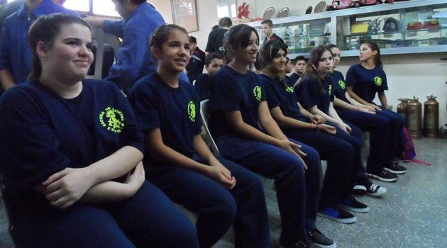 Escuela de Cadetes mujeres adentro2